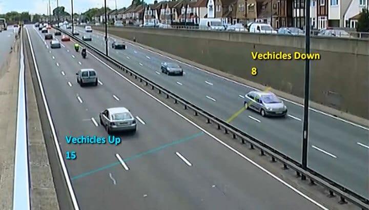 Contagem de veículos na estrada