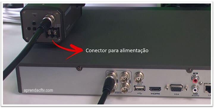 Conector para alimentação da câmera