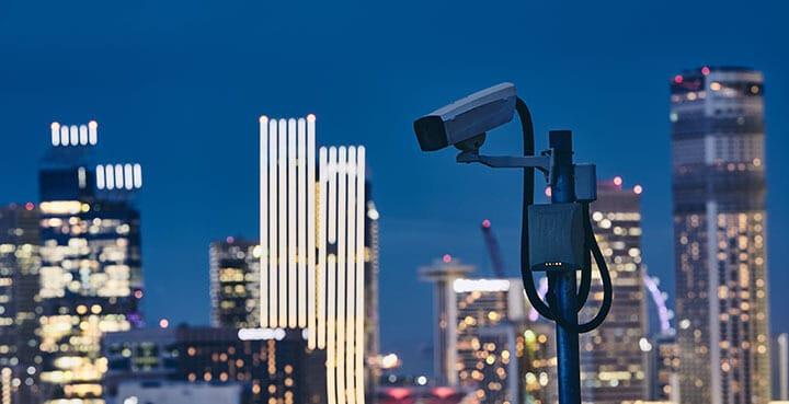 Câmera de segurança do vizinho