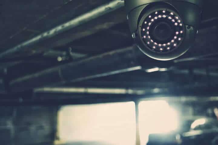 câmera de segurança pode gravar áudio legalmente