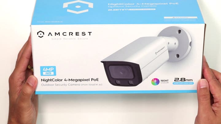 Câmera Amcrest na caixa